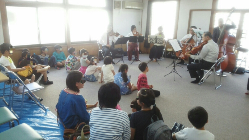 本日、子ども食堂でコンサート 楽しく終了