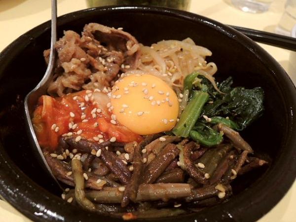 どうとんぼり神座 香芝店 (1)