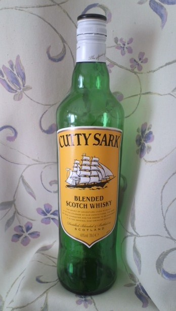 CUTTY SARK BLENDED SCOTCH WHISKY(カティ・サーク)
