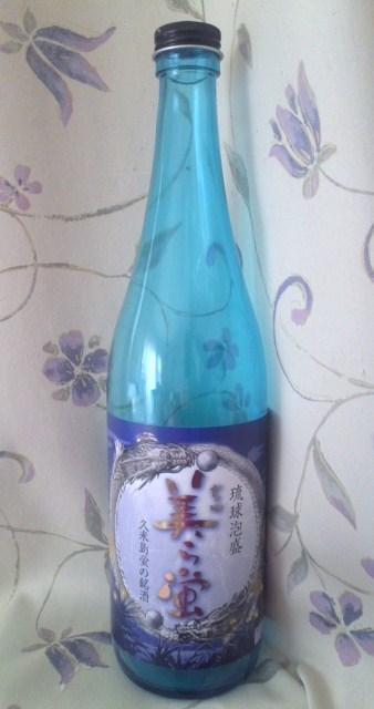 久米島蛍の銘酒「琉球泡盛 美ら蛍」