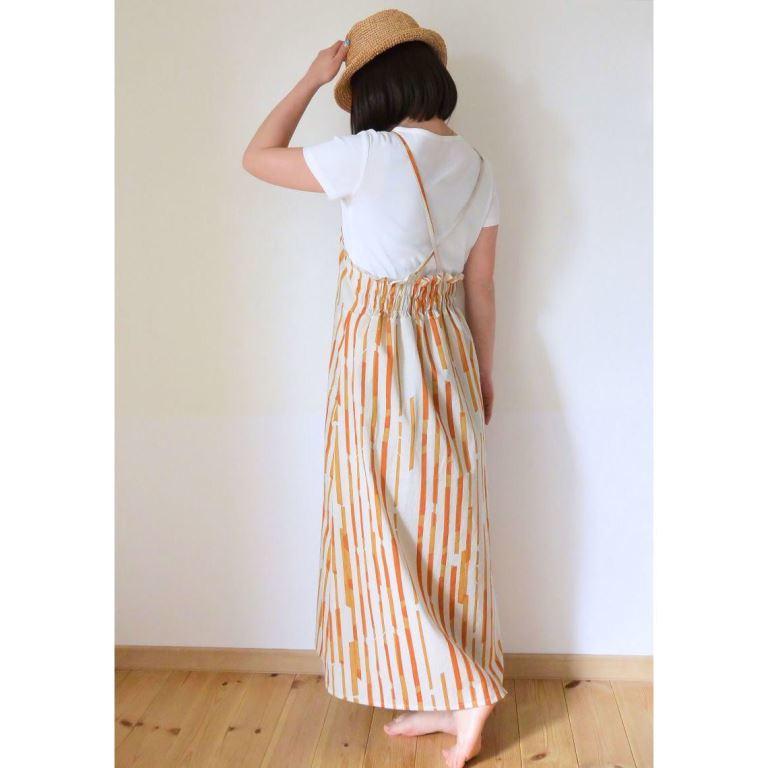 サロペットスカート2