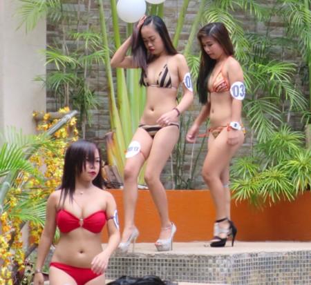 swimsuit contest022517 (11)