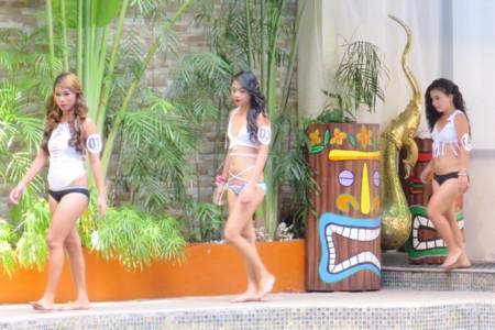 miss tropix17 pool (4)