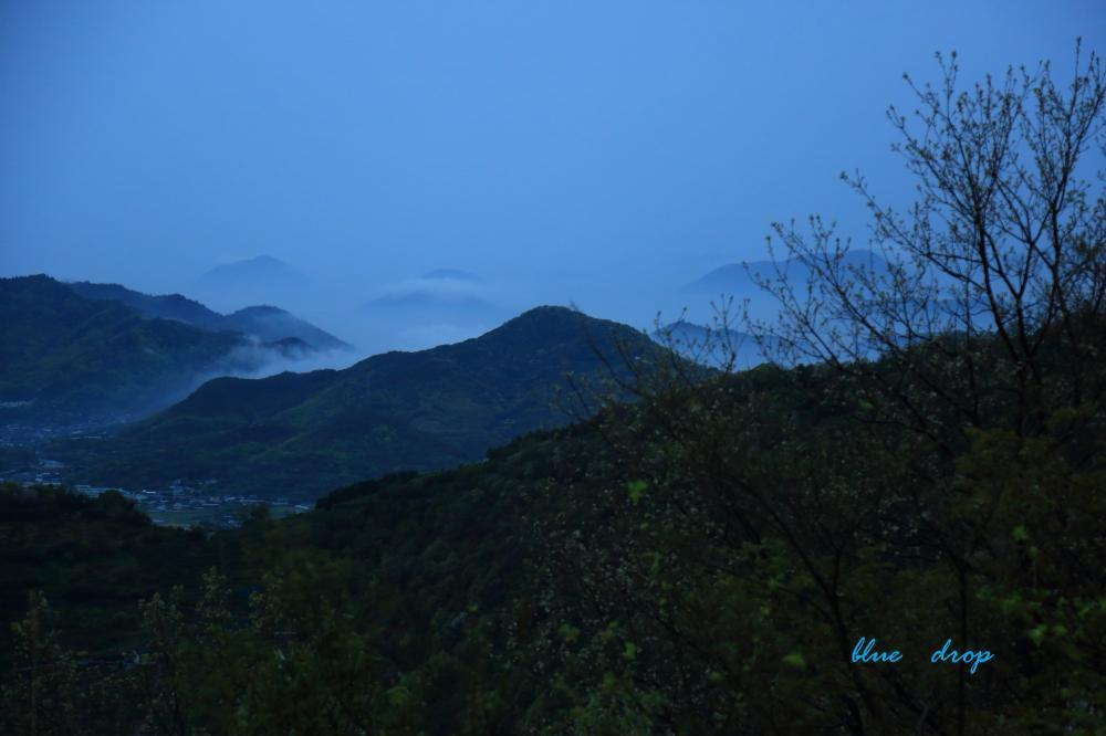雨の夕暮れ