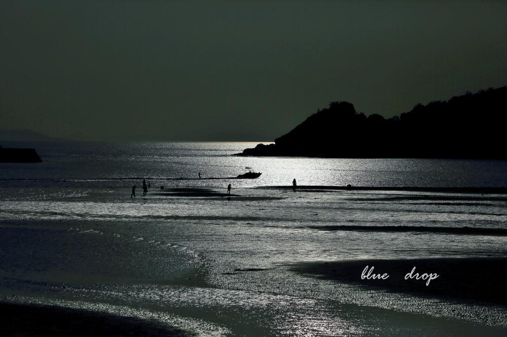船駆ける海