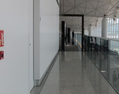 The-Wing-Lounge-02.jpg