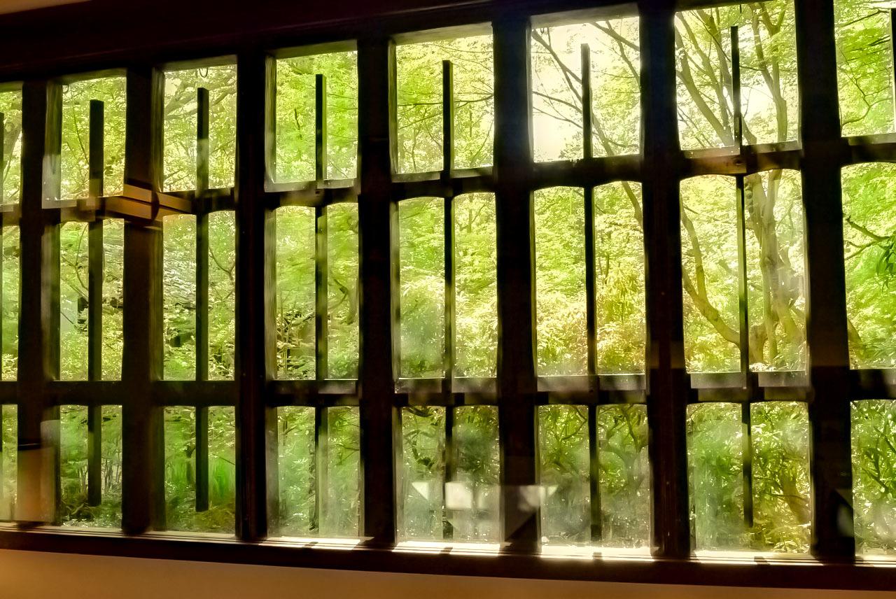 リストランテの窓