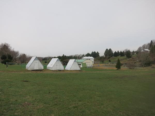 ファミリーパークゴルフ追分キャンプ場 バンガロー