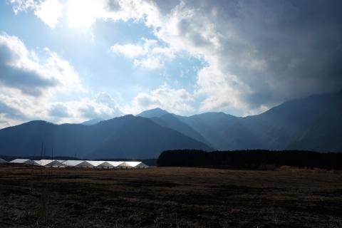 49朝霧高原雲と光