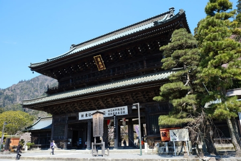 14久遠寺総門