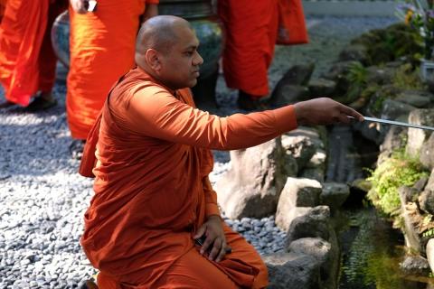 43長谷寺インドの僧