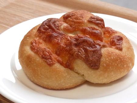 イル・リコッターロのチーズパン