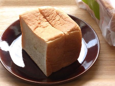 豆乳100% 豆乳ブレッド TAKAKI BAKERY
