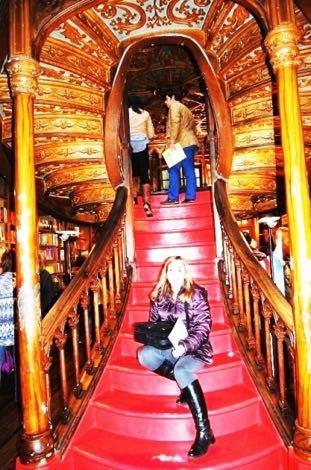 ???????????? がある書店の階段
