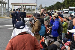C5E-OzZUkAAwltB辺野古抗議で男性1人逮捕