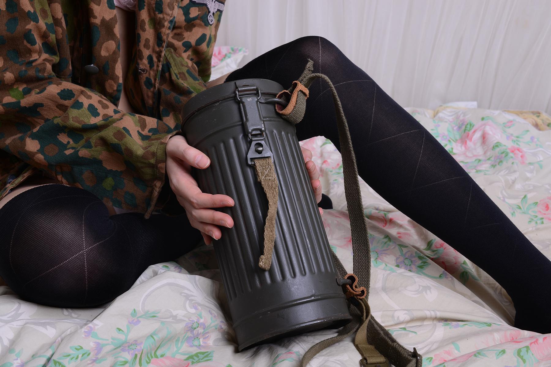 M38ガスマスク缶/リペイント品