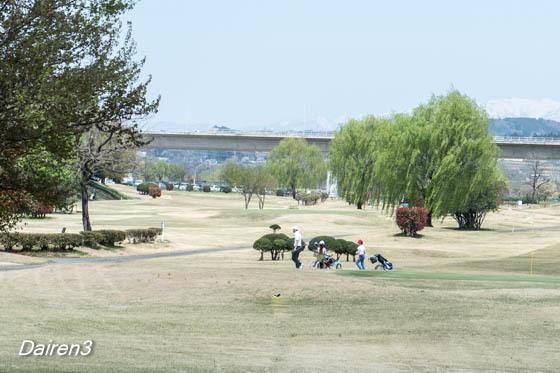 吉岡ケイマンゴルフ場