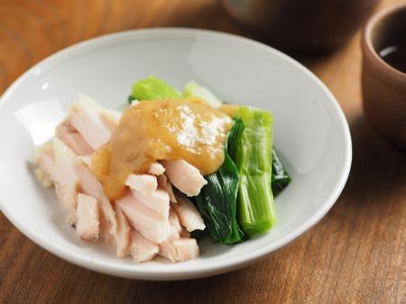 蒸し鶏と大ねぎの辛子酢みそ10