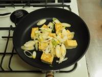 ゲソと豆腐のマヨしょう油炒め11