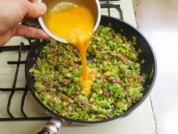 キャベツと合い挽き肉の焼飯15