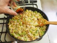 キャベツと合い挽き肉の焼飯19