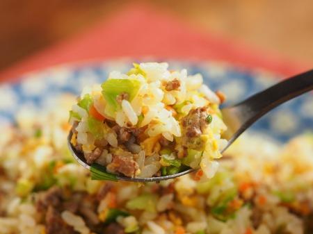 キャベツと合い挽き肉の焼飯33