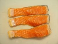 鮭のわかめ巻き酒蒸し01