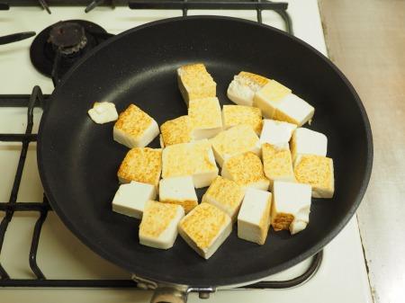炒豆腐のチリソース炒め25