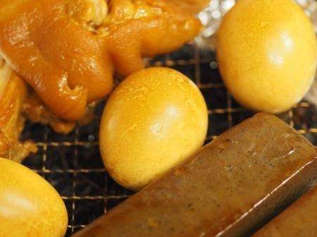 お茶っ葉燻製、煮玉子、豚足05