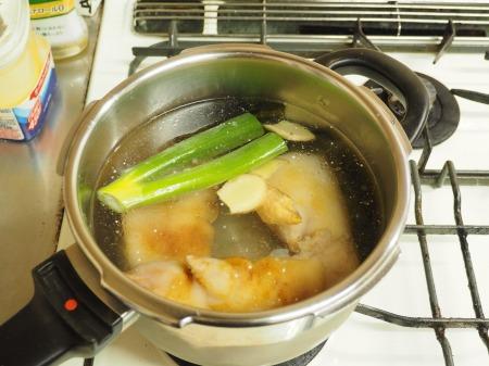 豚足もつ鍋09