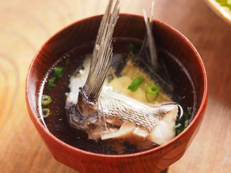 チヌ島寿司、潮汁11