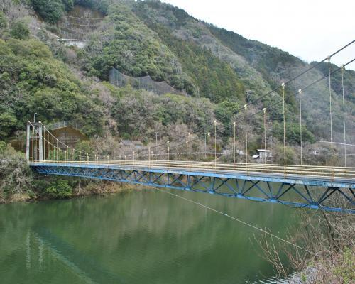吊り橋全景