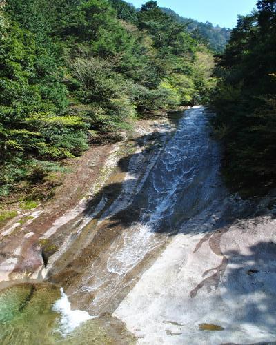 雪輪の滝1