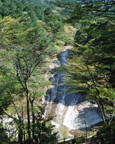 雪輪の滝2