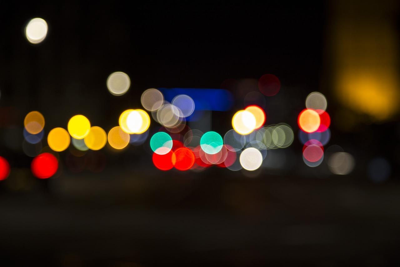 blur-1788144_1280.jpg