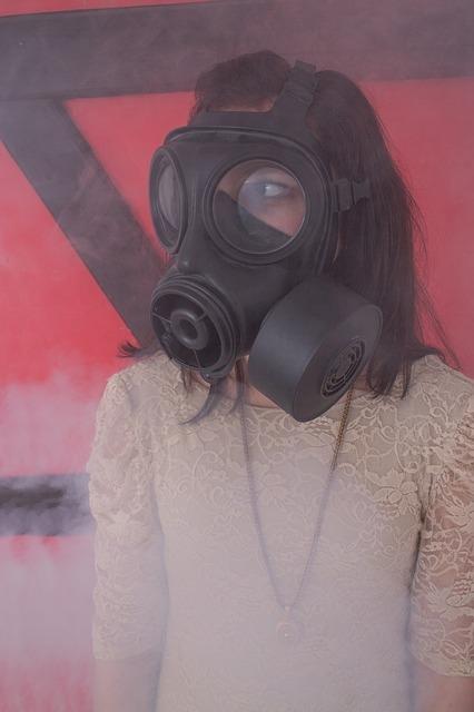gas-mask-482086_640.jpg