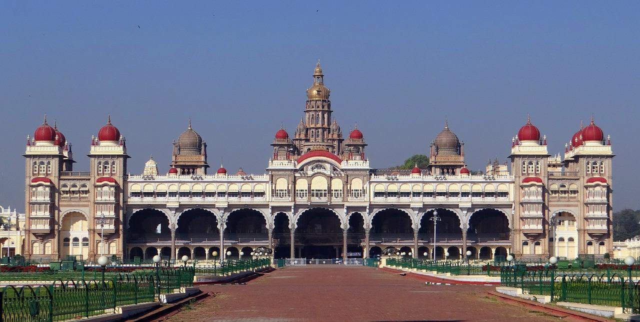 mysore-palace-598468_1280.jpg