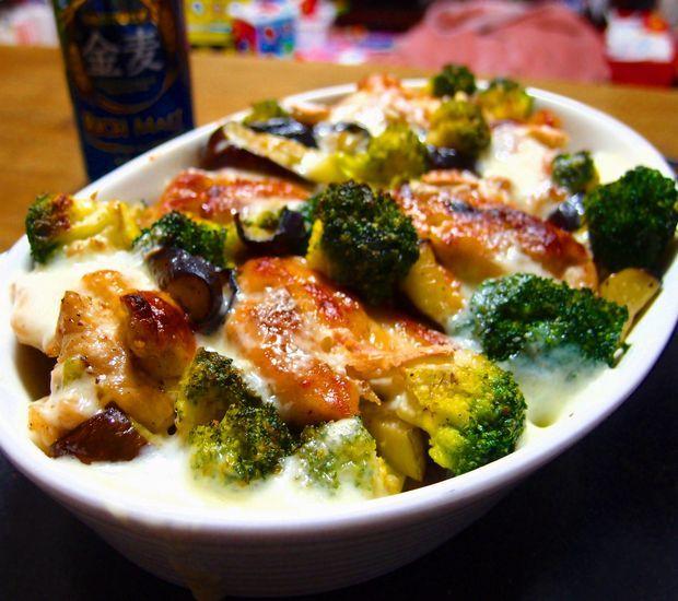 鶏肉と野菜のラクレットチーズ焼き①