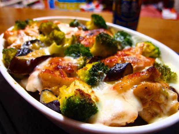 鶏肉と野菜のラクレットチーズ焼き②