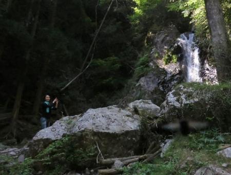 その2不動の滝 106