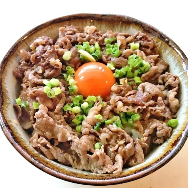 和牛丼  (1)
