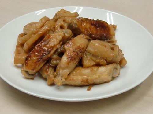 鶏とレンコンの味噌煮
