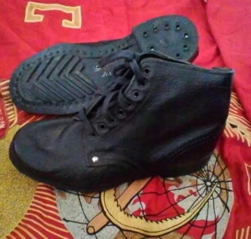 ソ連熱帯地用短靴