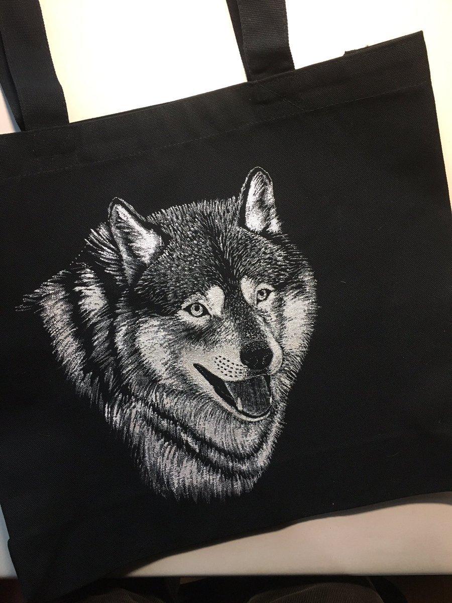 2017_WolvesMe_03.jpg