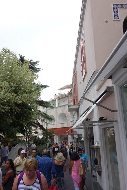 capri14.jpg