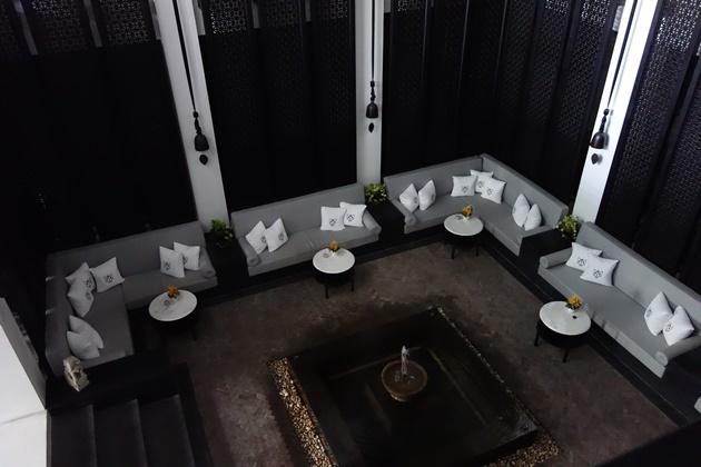 hotel42.jpg