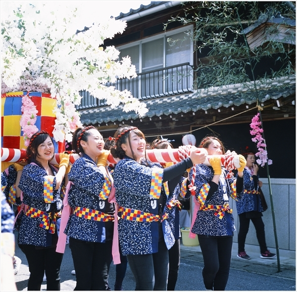21-ローライ28f プロビア100 2017-4-16 杵振祭り -6-58490006_R