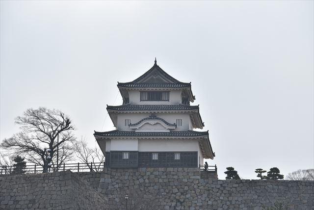 丸亀城 1