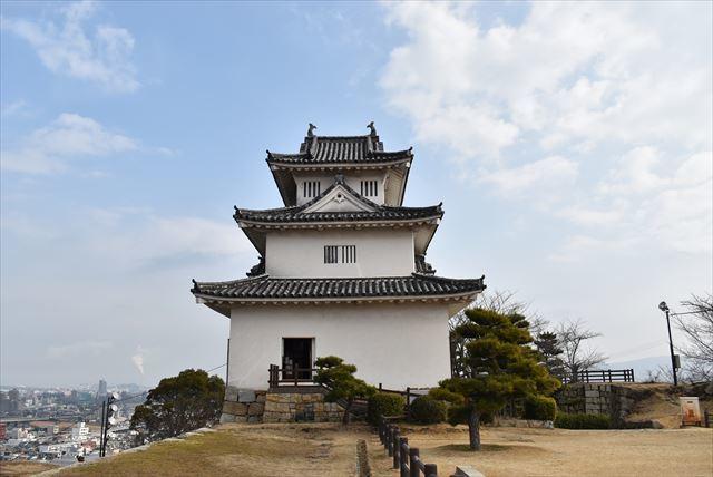 丸亀城 12