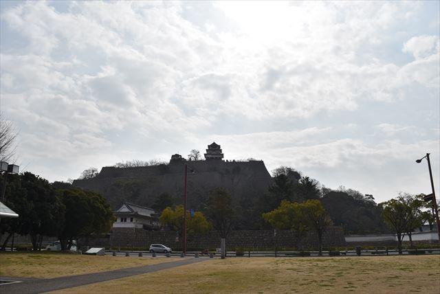 丸亀城 23